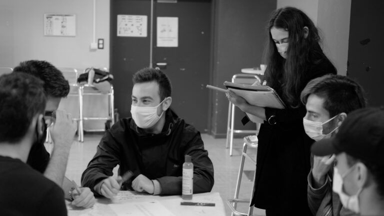 Read more about the article Léna nous parle de son service civique